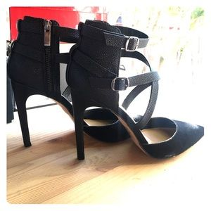 Dolce Vita Suede/Leather strapping Heels